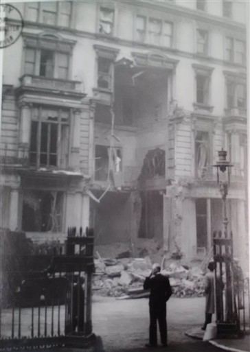 Photo:Damage to 1 Carlton House Terrace, October 1940
